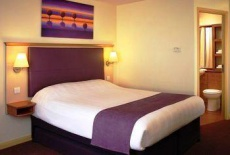 Отель Premier Inn Warrington England в городе Winwick, Великобритания